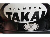Small size crash helmet