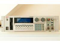 AKAI S1000 - 8MB Memory - midi stereo digital sampler Vintage model S 1000