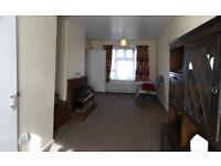 Massive 2 bedrooms Semi-detached house in Barking--No DSS please