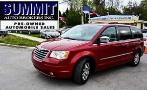 2009 Chrysler Town & Country TOURING | CAR-PROOF CLEAN | DUAL DV