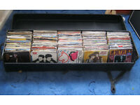 """Job lot of 400 7"""" Vinyl Records, Mainly 1970s and 1980s - Includes The Carrying Case"""