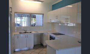 Breezy 2 bed unit - Nightcliff Foreshore perfect for young family Nightcliff Darwin City Preview