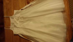 Girl's size 8 formal dress Cherrybrook Hornsby Area Preview