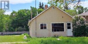 #314 Jasper ST Maple Creek, Saskatchewan