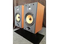 Speakers B&W DM601 S2 with stands