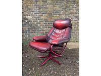 1970s Modernist Norwegian Skoghaug Industries Leather Swivel Recliner chair