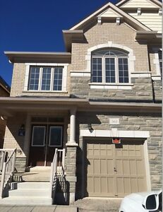 Complete Semi-Detached House For Rent In Oakville $2790