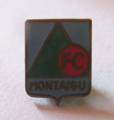 VINTAGE  F.C MONTAIGU, FRANCE FOOTBALL CLUB  ENAMEL PIN BADGE