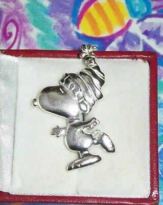 Sterling SilverPin SNOOPY ICE SKATING from Charlie Brown's Christmas ~signed 925