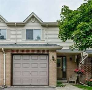 House for Sale in Newmarket at Jack Giles Circ
