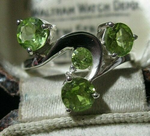 Beautiful Sterling Solid SILVER Real Peridot Gem Stone RING Jewellery Size P 7.5