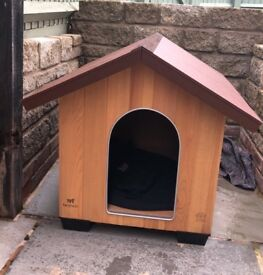 Almost new dog kennel
