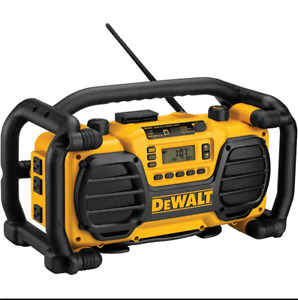 DeWalt Radio/Charger w 2 Ni-Cad Batteries and Charger