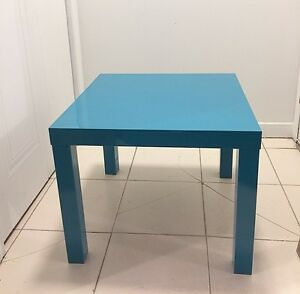 Coffee Table/Table d'appoint Ikea Lack $10