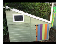 Childrens shed Army den playhouse