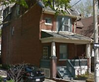 2 Bedroom Leslieville Apartment in house