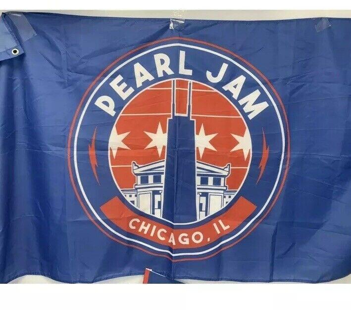 Pearl Jam Chicago Wrigley Flag 2018