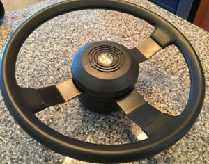 Alfa Romeo spider S3 steering wheel 1986 to 1990