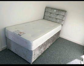 Brand New 3ft (single) Crushed Velvet bed and headboard