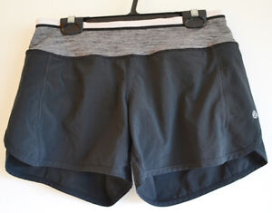 Lululemon Running Shorts - Black - size 4