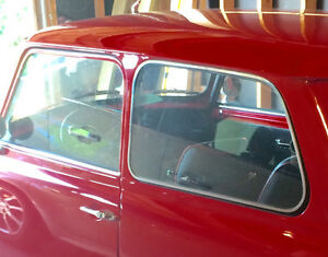 WANTED - REAR SIDE GLASS