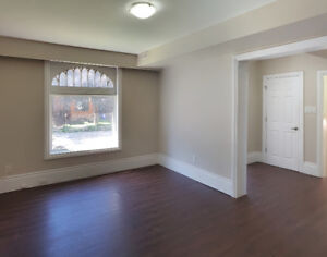 BEAUTIFUL 2 BDR + DEN WITH PRIVATE ENTRANCE AND OVER 1000 SQFT!