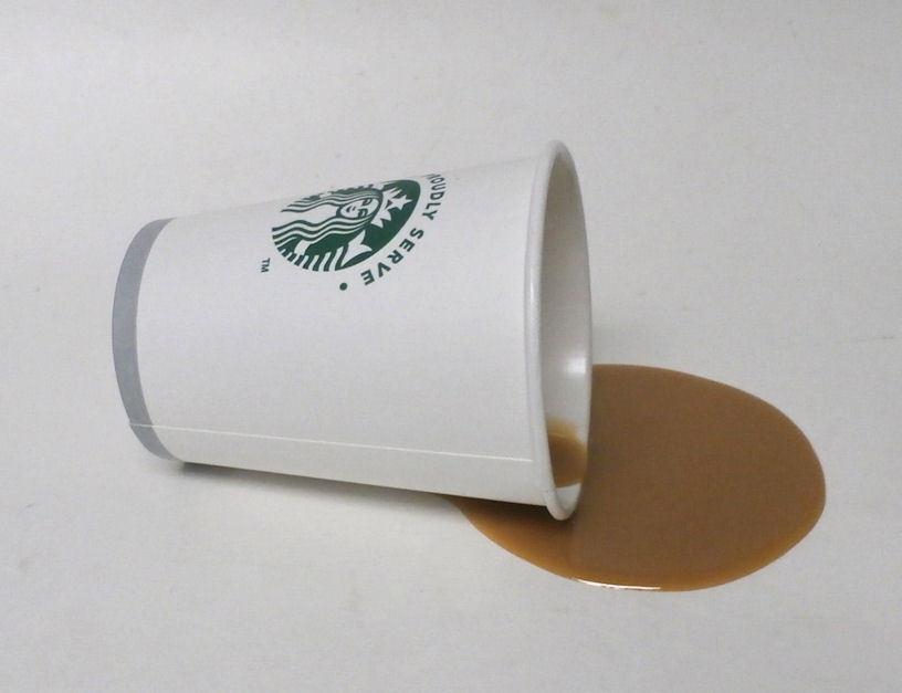 как выглядит FAKE FOOD DINER SPILLED STARBUCKS COFFEE TO GO фото