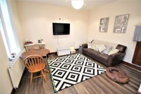 Stunning 2 Bed Terrace STUDENT house to rent. Recently modernised throughout.
