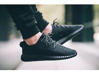 BRAND NEW BOXED – MENS YEEZY 350 BOOST TRIPLE BLACK TRAINERS – UK 7.5 9.5 10.5