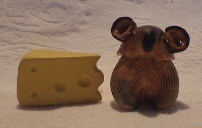Block Of Cheese (Shell Mouse W/Block of Cheese Figurine Animals 1.5