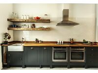Freestanding kitchen run of 3 m solid timber Worktops