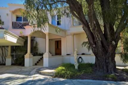 Applecross Mansion apartment