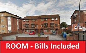 **ROOM TO LET**BILLS INCLUDED**MOSELEY B13**£280RENT