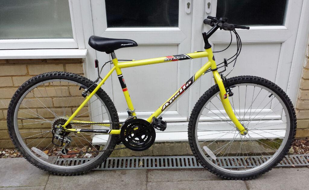 Apollo Reckless mountain bike (15 gears a15aa4c2345e