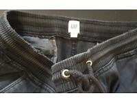 Men's Gap charcoal grey/Black tapered trousers.