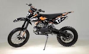 "FREE SHIPPING NEW Venom TaoTao Mamba 125cc DB17 Dirt Bike Motocross Pit Bike - Manual + 17"" Upgraded Tires + 6MTH Wrnty"