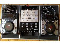 Pioneer CDJ 400s, Gemini PS04 4 Channel Mixer, Kamkase Flight Case, Stand and Serato Scratch SL2
