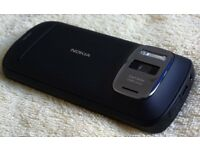 Nokia PureView - 16 GB -41mp Camera full HD
