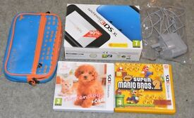 Nintendo 3ds xl - with 2 games