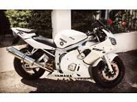 Yamaha R6 5eb - Customised
