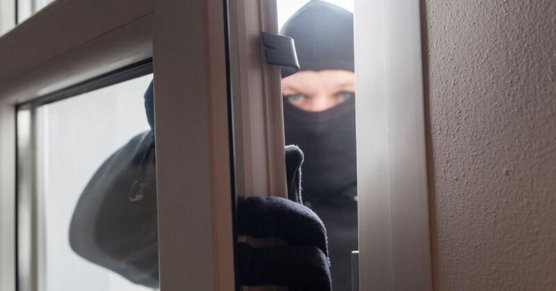 Einbrecher verjagen leicht gemacht - mit diesen 5 Tipps. (© Thinkstock via The Digitale)