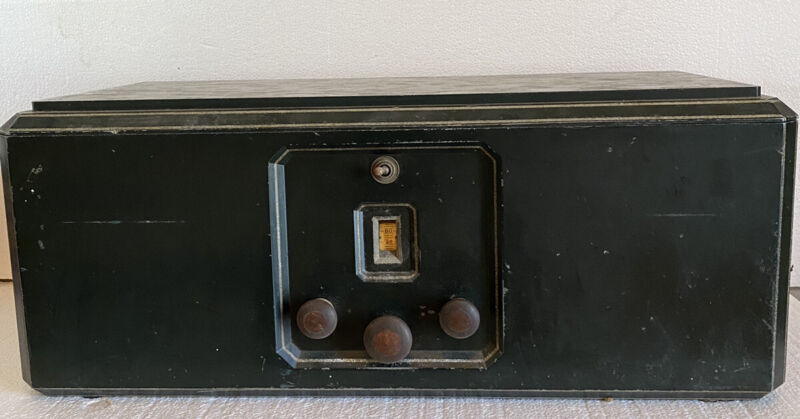 vintage Eveready 8 Tube Radio Model 2 Untested For Parts