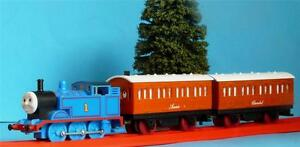 HORNBY THOMAS THE TANK ENGINE ANNIE & CLARABEL for THE GREAT RACE R715 TRAIN SET