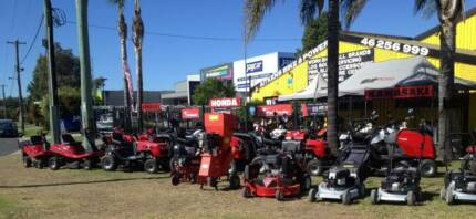 LAWN MOWER SERVICING, LAWN MOWER SPARE PARTS. Campbelltown Campbelltown Area Preview