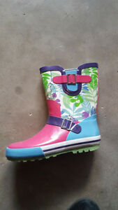 Girls Rubber Boots: Youth Size 2