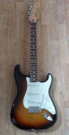 Fender Standard Mexican Stratocaster / MIM Strat in Sunburst/Rosewood