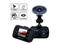 Dashcam Full HD 1080P G-Sensor. Insurance approved.
