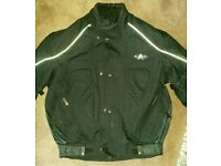 Akito motorcycle jacket S excellent condition