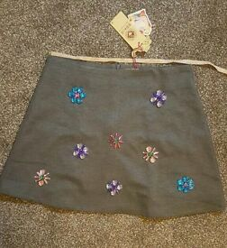 Lady's skirt for sale