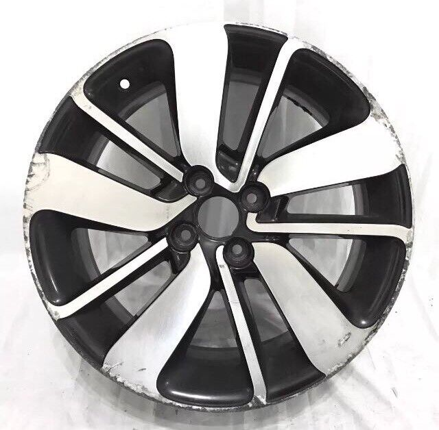 Renault Clio 17 inch Alloy Wheel